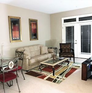 Luxe One Suite W/Private Balcony, Free Parking-57 photos Exterior