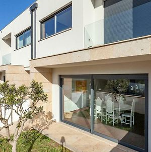 Private Modern Home, Fully Equipped 7Kms To Centre photos Exterior