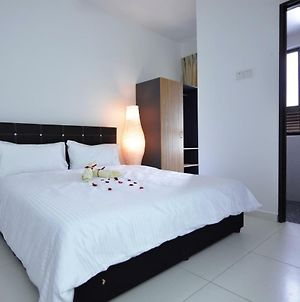 Ayer Keroh Malacca Homestay @ Cozy Stay 3Br Deluxe photos Exterior