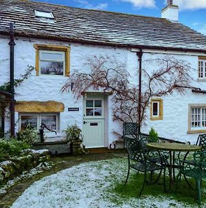Westside Cottage, Newby Yorkshire Dales National Park 3 Peaks And Near The Lake Disrict photos Exterior