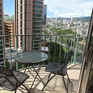 High Floor Convenient And Spacious 2Br 1Ba Wifi photos Exterior