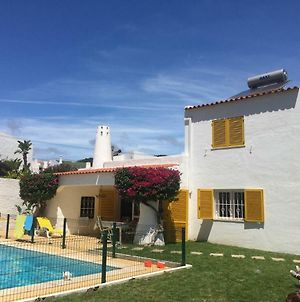 Charming Luxury Villa Private Pool With A/C,Albufeira, Very Central And Quiet Area photos Exterior