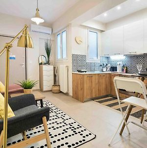 Entire Apartment, Fully Equipped Shining Star In Petralona photos Exterior