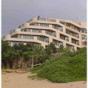 Beachfront Luxury @ Umhlanga photos Exterior