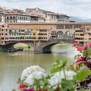 Historical Apartment Spectacular Arno View With Balcony From 12 Th Century. photos Exterior