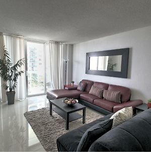 Miami Hollywood Renewed One Bedroom Condo 6J39 photos Exterior