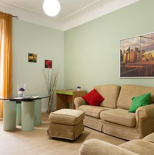 Beautiful Apartment In San Giovanni Close To Colosseo photos Exterior