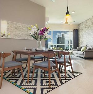 3Br Klcc View Luxury Residence By Crest photos Exterior