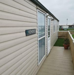 Ld Caravan Hire Millfields photos Exterior