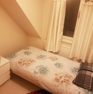 Cozy Private Room In Nice Area Of Cardiff photos Exterior