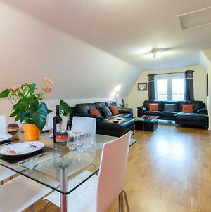 Huge Luxury Penthouse Apartment With King Bed - St Ives Cambridgeshire photos Exterior