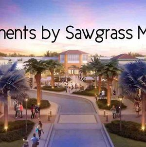 Sawgrass Mall Apartments 2.4 photos Exterior