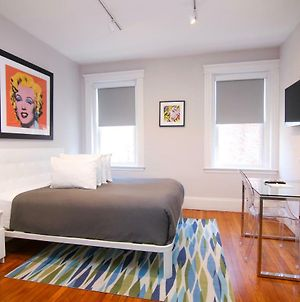 A Stylish Stay W/ A Queen Bed, Heated Floors.. #15 photos Exterior