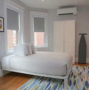 A Stylish Stay W/ A Queen Bed, Heated Floors.. #12 photos Exterior