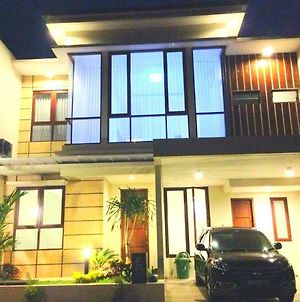 Fam'S Homestay By Fh Stay photos Exterior