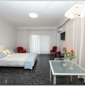 Lovely Apartment 50M From The Beach! photos Exterior