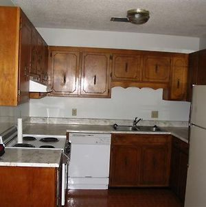 Clay Extended Stay Furnished Apartment Sleeps 6 photos Exterior