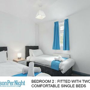 Digs For Contractors All Single Beds photos Exterior