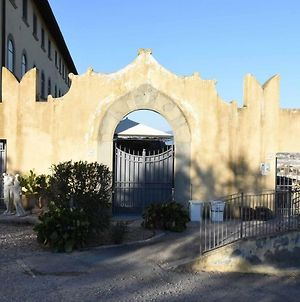Historical Palace In The Heart Of Tuscany photos Exterior