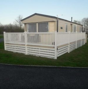 Ashford Retreat Tarka Holiday Park photos Exterior