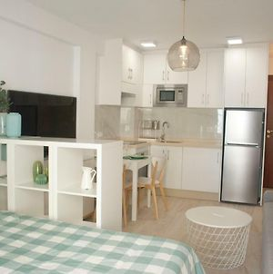 Wonderful Apartment 30 M From Beach photos Exterior