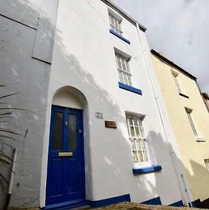 Saltys Cottage - 2 Min Walk To The Harbour photos Exterior