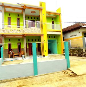 Explore Java Sunrise Guesthouse photos Exterior