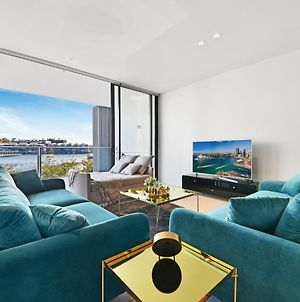 Darling Harbour Waterfront Luxury Apartment photos Exterior