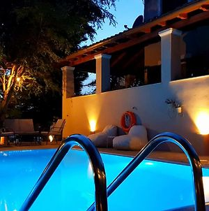 Villa Butterfly - Heated Private Pool & Jacuzzi photos Exterior