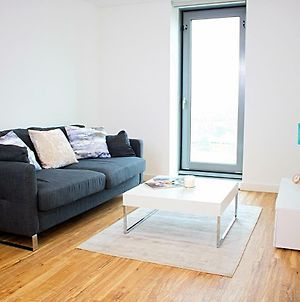 1 Bedroom Apartment In Media City, Salford Quays photos Exterior