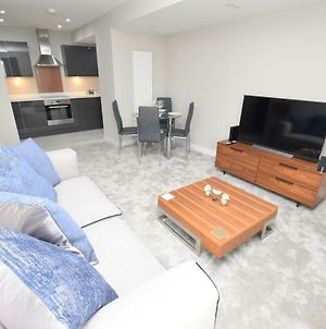 Ap4-189-L8 Southwing - Stylish 2 Bedroom Apt With Balcony And Sea Views photos Exterior