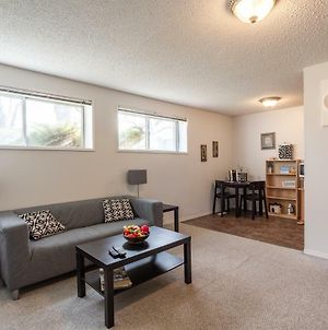 Super Convenient Cozy Suite - Close To Downtown! photos Exterior