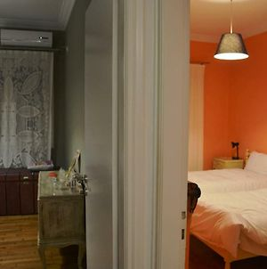 Vintge, Spacious Apartment In The Heart Of Athens! photos Exterior