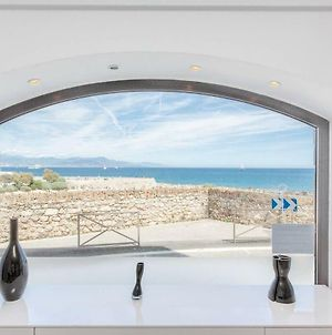 Appartement 4 Personnes Vue Mer Remparts Antibes photos Exterior