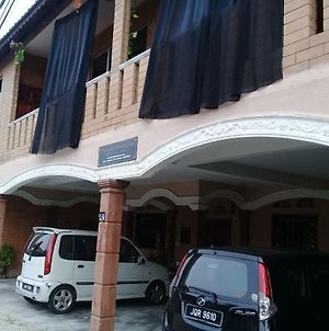 D'Aman Homestay Parit Raja Darat photos Exterior