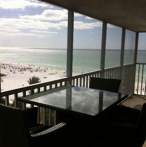 Beachfront Penthouse - Expansive Gulf View From Every Room! Wifi, Screened Lanai photos Exterior