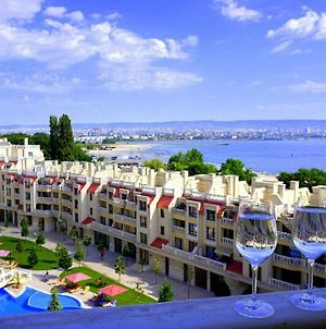 Apartamenti Varna Saut Na Plaja - Varna South Apartments On The Beach photos Exterior