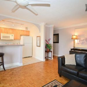 Affordable, Location & Views. Downtown High-Rise! photos Exterior