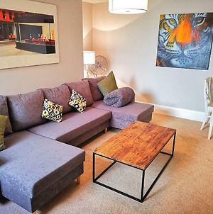 Beach Side Getaway With Patio In Exciting Kemptown photos Exterior