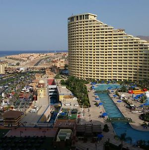 Booking The Sea View At Port Sokhna Towers photos Exterior