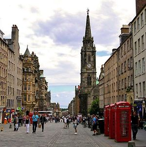 Heart Of Edinburgh City- Upto 4 Sleeps. Free Wi-Fi photos Exterior