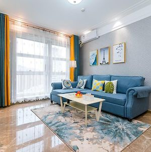 Henan Luoyang-Luo River- Locals Apartment 00164720 photos Exterior