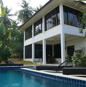 Twin Villas Apartment With Swimming Pool photos Exterior