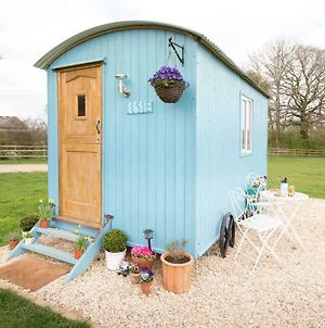 Cotswold Shepherd Huts At Durhams Farm, Ronald photos Exterior