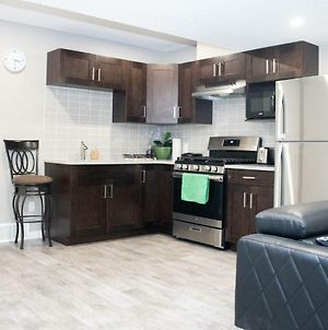 Stylish,Serene 2Bedroom Suit In The Heart Of Calgary photos Exterior