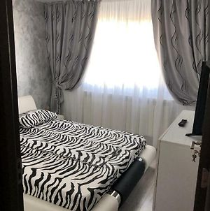 White & Silver Luxury Suite Craiova photos Exterior
