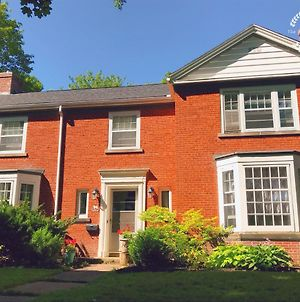 The Red Brick House photos Exterior