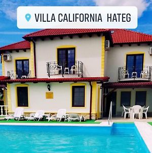 Villa California Hateg photos Exterior