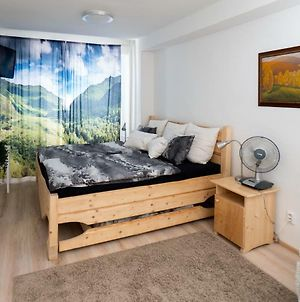 Great Flat Near Center With View On Mountains photos Exterior