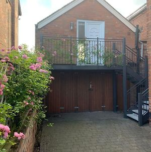 Musters Studio Flat With Sky Tv photos Exterior
